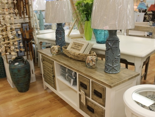 Plasma Television Stands - Vero Beach's Sunshine Furniture